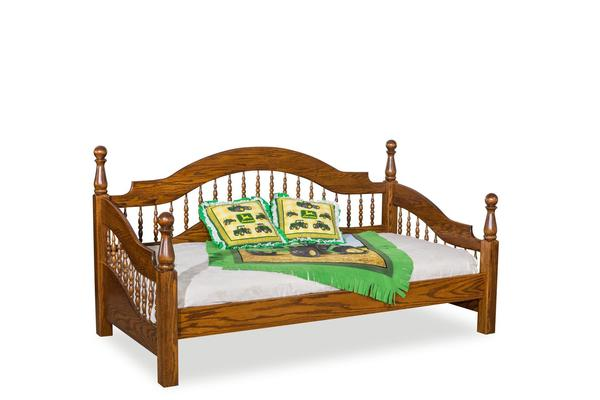 Amish Colonial Spindle Day Bed
