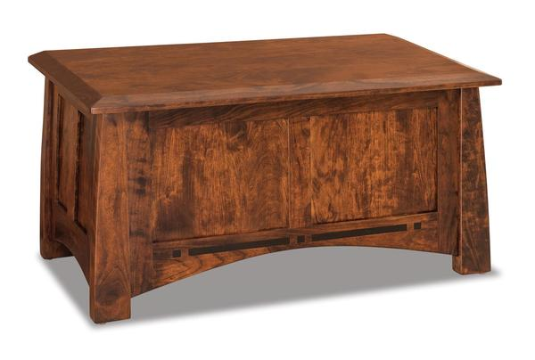 Amish Boulder Creek Condo Size Blanket Chest with Cedar Bottom