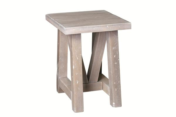 Amish Olde Farmstead Chairside Table