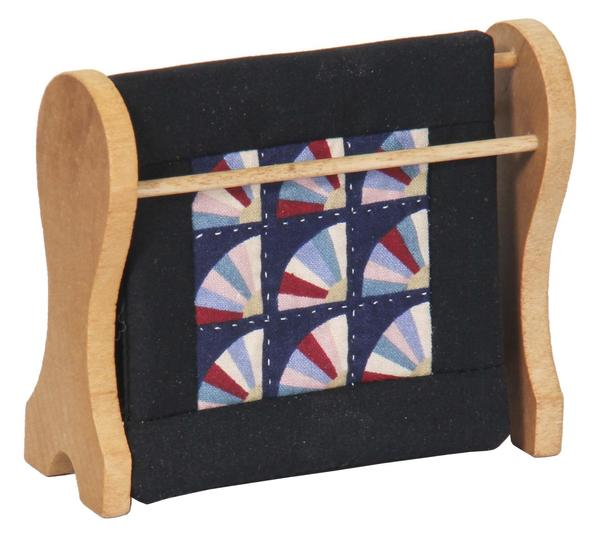 Amish Mini Quilt Rack with Fan Pattern Quilt