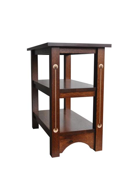 Amish Renwick Chairside Table
