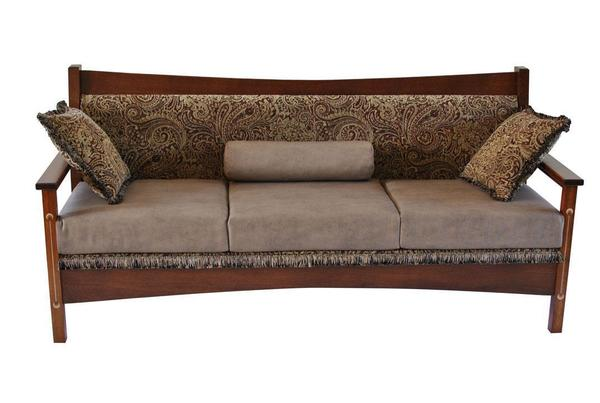 Amish Renwick Upholstered Sofa