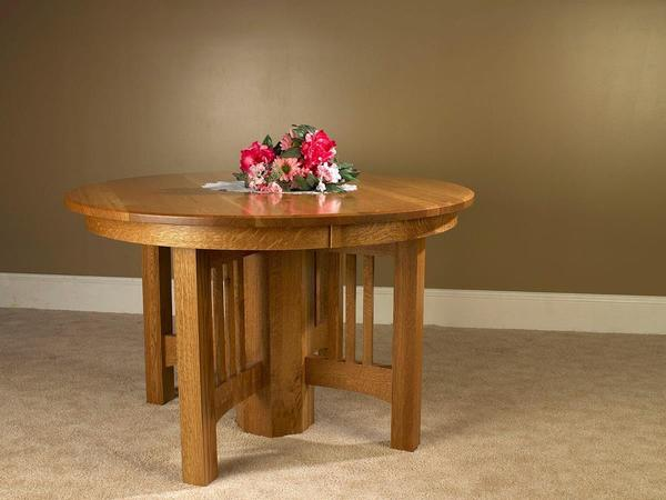 Amish Mission Round Single Pedestal Dining Table