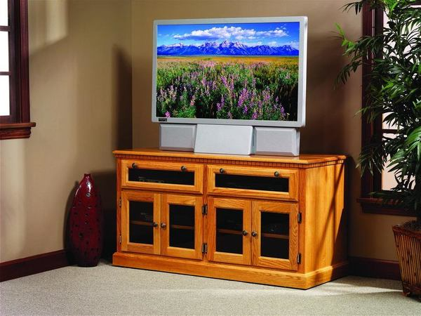 Amish HDTV Square Shaker TV Stand with Smoked Glass Doors