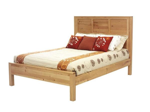 Amish Lynnwood Panel Bed