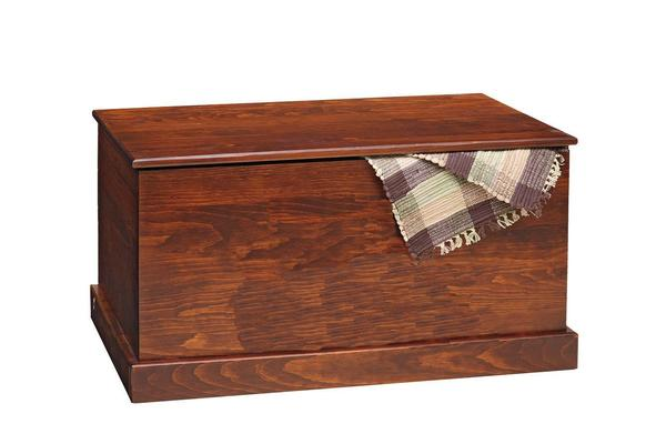 Amish Pine Hope Chest