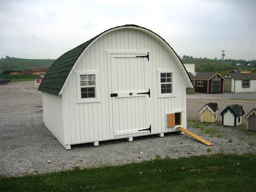Amish Wood Round Roof Chicken Coop