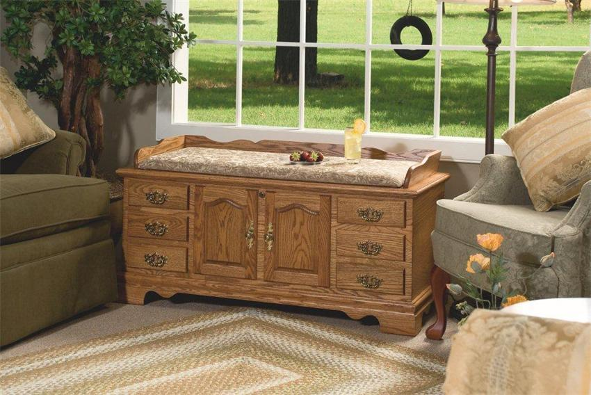Manchester Fancy Front Hope Chest with Cedar Bottom