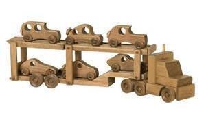 https://s3.dutchcrafters.com/product-images/pid_43106-Wooden-Toy-Car-Carrier-with-6-Cars---910.jpg