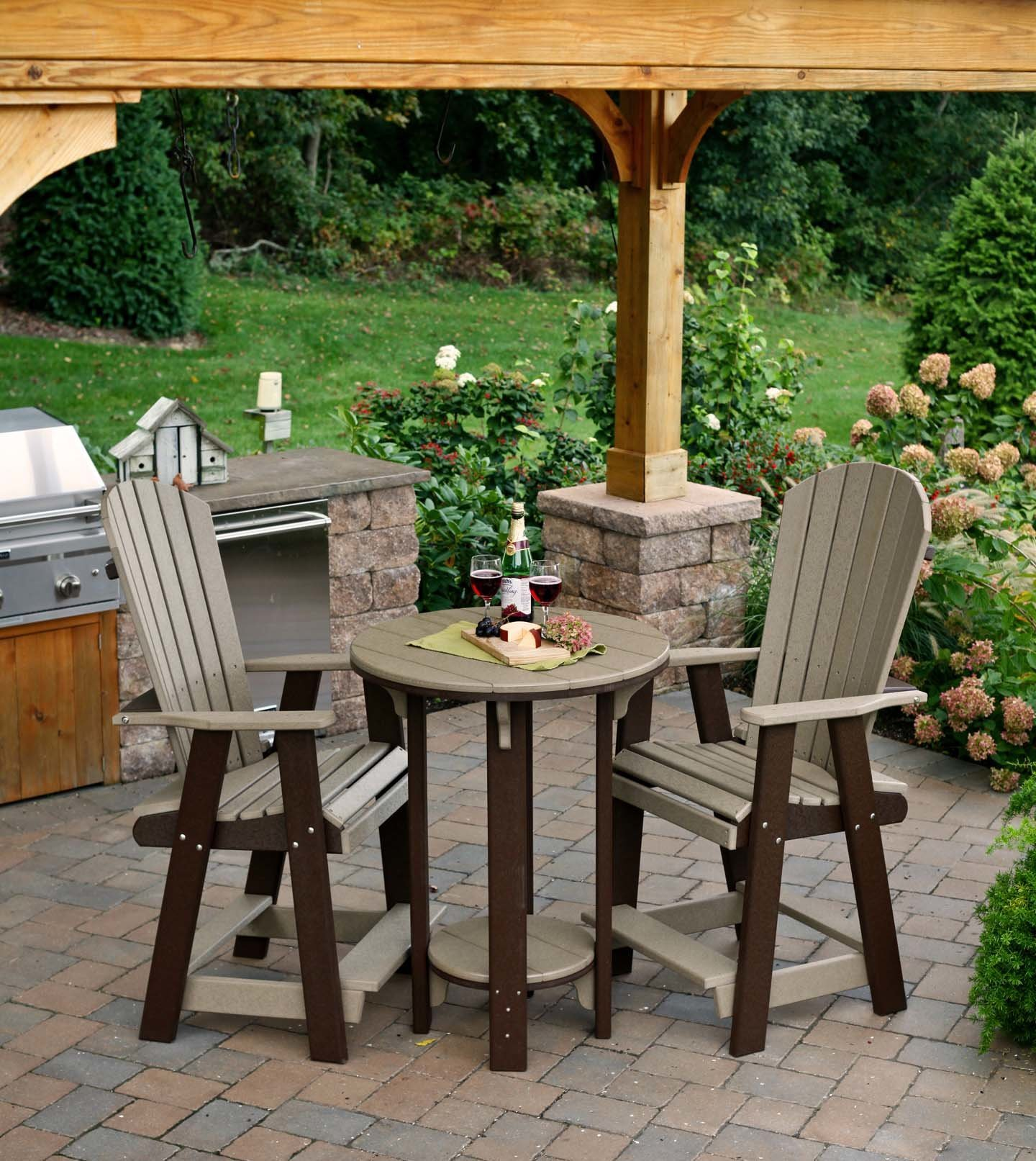 Picture of: Poly Pub Table And Chair Set From Dutchcrafters Amish Furniture